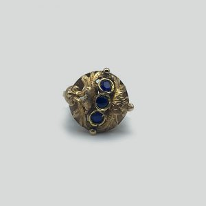 18K Gold Ring with 3 Sapphires