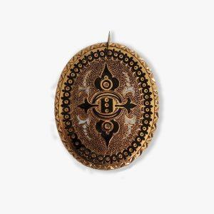 brooch-black-pattern