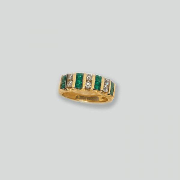 emerald diamond ring 14k yellow gold setting