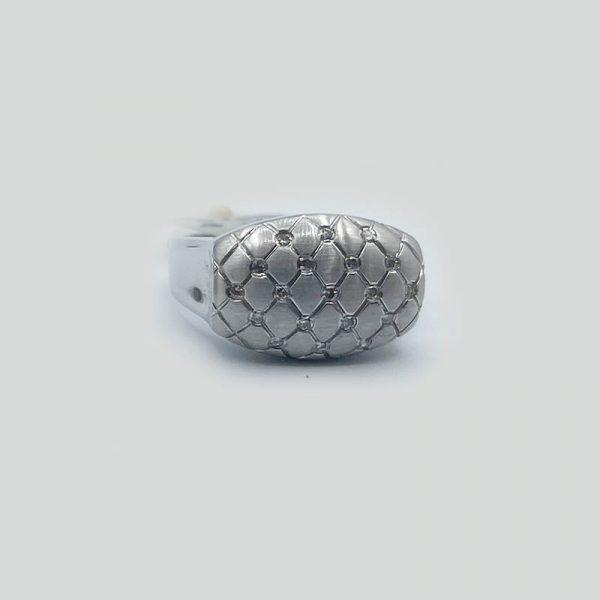 satin-finish-dome-top-diamonds