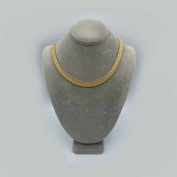 14K yellow gold necklace with Criss cross Pattern