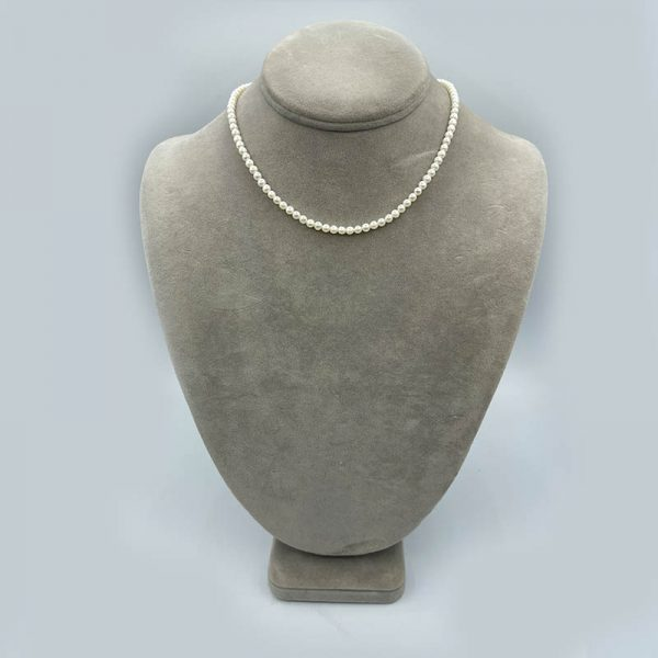 Freshwater pearls choker necklace
