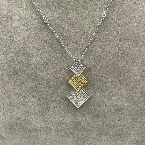 Two tone gold discs pave diamond necklace2