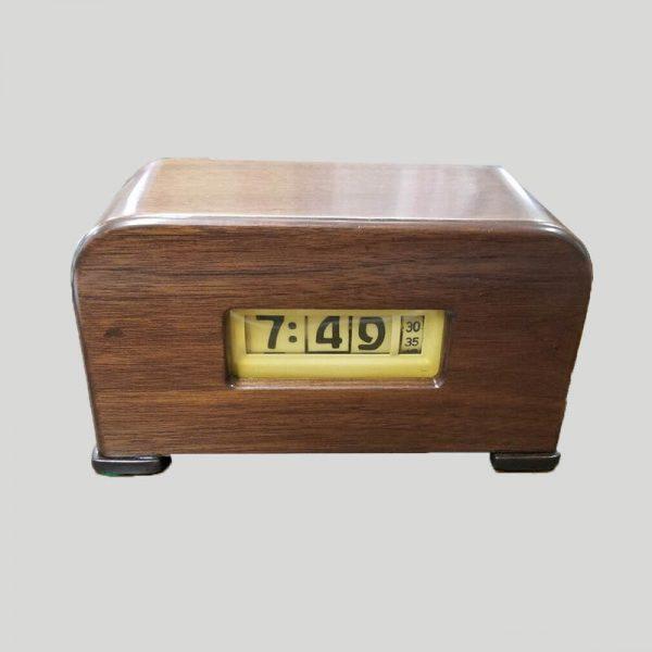 Pennwood cyclometer electric clock